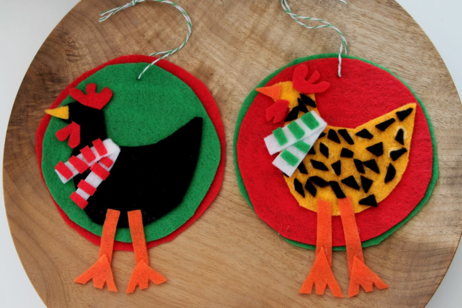DIY Felt Chicken Christmas Ornaments | Tilly's Nest